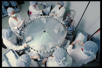 对药品原材料及其生产的追踪从始至终。
